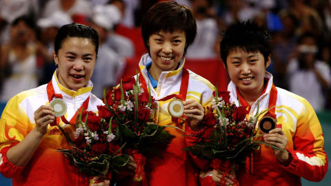 Beijing 2008 - Yining Zhang wins an all-Chinese women's table tennis final