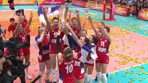 セルビア女子、逆転勝利で初の世界王者に