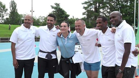 Le leggende dello sport festeggiano il 125esimo anniversario dell'Olimpismo