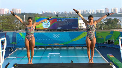 Diving: Women's Synch 10m Platform | Rio 2016 Replays