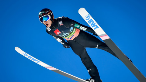 昨季のスキージャンプW杯王者、小林陵侑がサマージャンプ大倉山大会で優勝