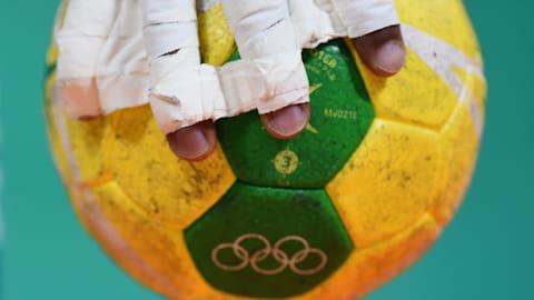 ハンドボール:リオ五輪の屈辱を忘れない!「彗星」と「おりひめ」は、世界屈指の指導者とともに躍進を期す