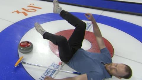 Será que curling pode ser muito difícil? Nosso informante foi descobrir