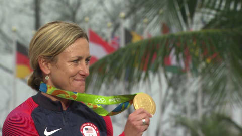 USA's Armstrong wins gold in Women's Road Cycling Time Trial