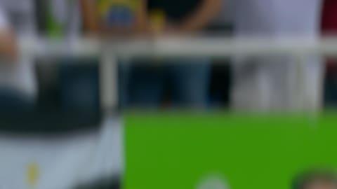 ريو 2016 - بولت يفوز في نهائي 100م