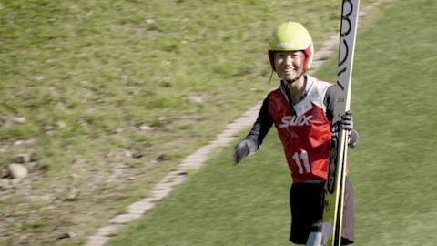 注目:中国の選手が北京2022に向けスキージャンプ初練習