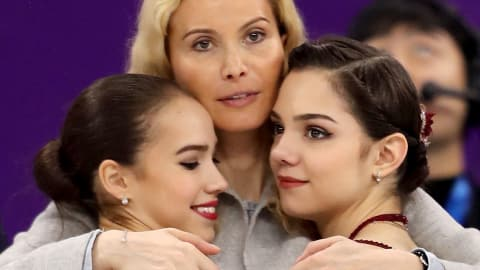 Medvedeva to train with Hanyu?