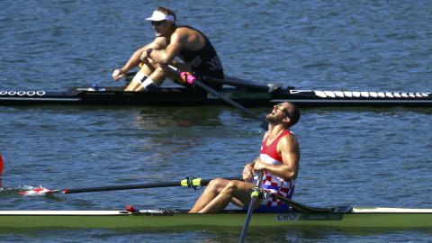 Drysdale edges out Martin in men's single sculls