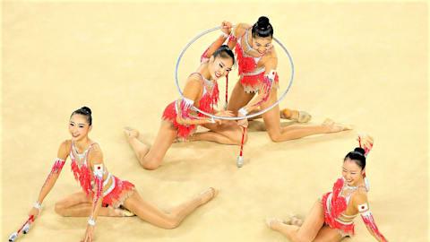新体操W杯ペサロ大会3日目、フェアリージャパンPOLAがボールで銅メダル。個人種目別では、ロシアのアヴェリナ姉妹が金メダルを独占