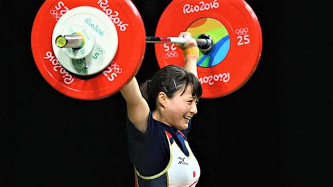 重量挙げ全日本選手権初日:女子55キロ級の八木かなえが破竹の5連覇を達成