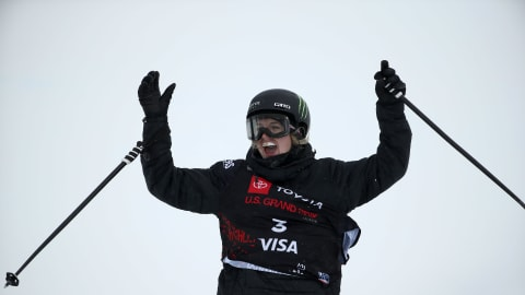 Olympic champ Cassie Sharpe out of FIS Freeski Halfpipe World Cup opener after fall