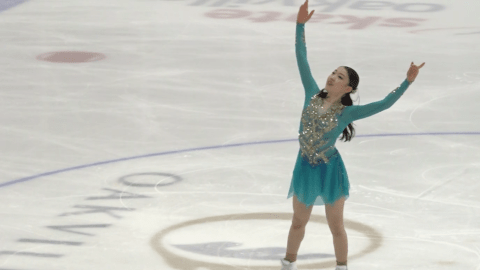 Rika Kihira takes Autumn Classic International victory