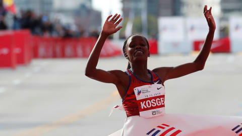 Brigid Kosgei smashes world marathon record in Chicago