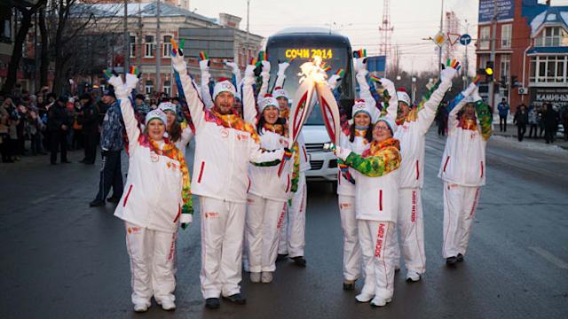 Le relais de la flamme olympique de Sotchi 2014 touche à sa fin