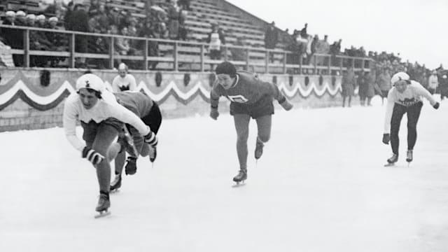 Women's speed skating makes Games debut