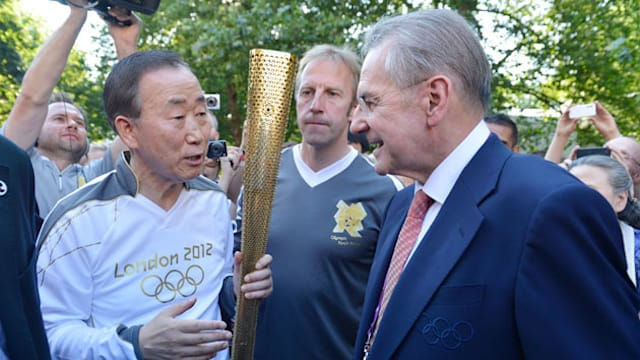Ban Ki-moon carries Olympic torch