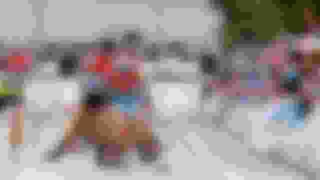 Непряева выигрывает три медали на чемпионате мира по лыжероллерам. Большунов в гонках участия не принимал