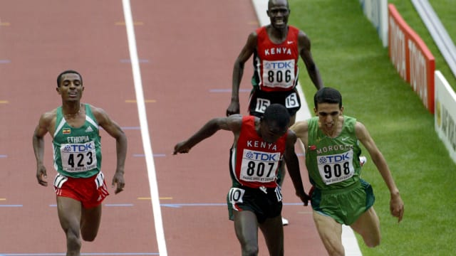 18-year-old Eliud Kipchoge wins the men's 5000m at the 2003 World Athletics Championships in Paris