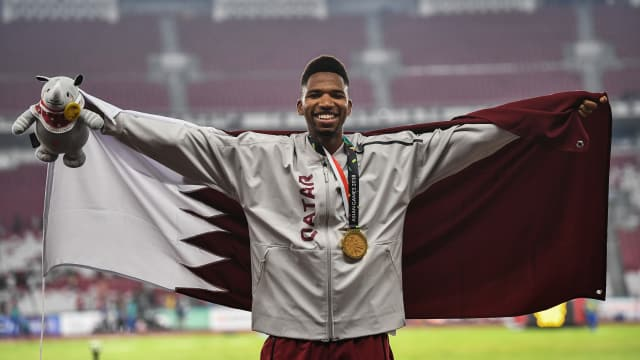 Samba celebrates 400m hurdles gold medal at 2018 Asian Games