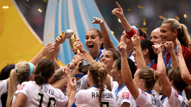 The United States celebrates after winning the 2015 FIFA Women's World Cup in Canada