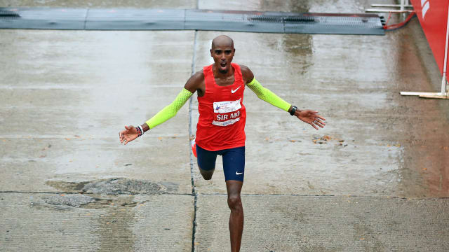 Mo Farah wins the Chicago Marathon in a new European record in October 2018.