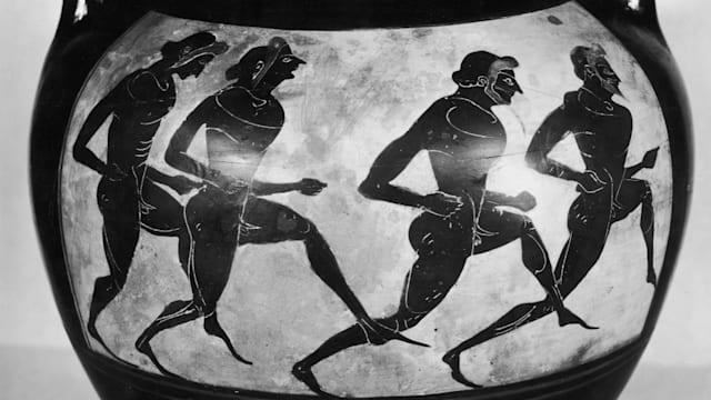 紀元前776年に始まったとされる古代オリンピックでは、中距離競走や長距離競走も実施されていた
