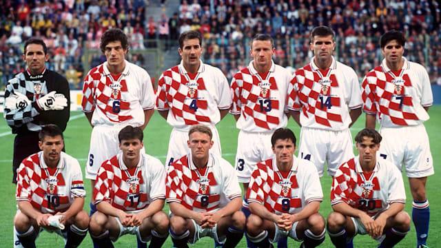 The Croatian team at France 1998. Back row right to left: Drazen LADIC, Slaven BILIC, Igor STIMAC, Mario STANIC, Zvonimir SOLDO, Aljosa ASANOVIC, Front row right to left: Zvonimir BOBAN, Robert JARNI, Robert PROSINECKI, Davor SUKER, Dario SIMIC . Lens, 14.06.98,(Photo by Alexander Hassenstein/Bongarts/Getty Images)