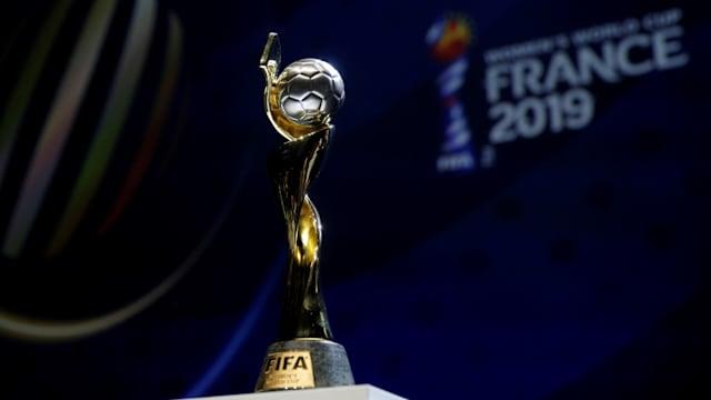 サッカー女子W杯フランス大会の決勝は7月7日にリヨンで行われる。この優勝トロフィーを掲げるのはどの国になるのだろうか?