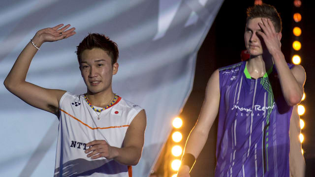 Kento Momota celebrates his 2015 World Superseries Finals win over Viktor Axelsen