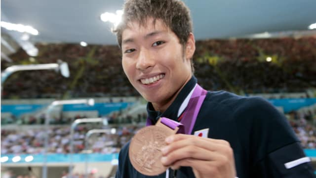 萩野公介は17歳の若さにして400メートル個人メドレーで銅メダルを手にした