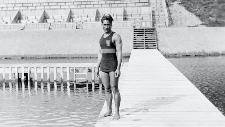 The legend of Duke Kahanamoku, the father of modern surfing and double Olympic champion in Antwerp
