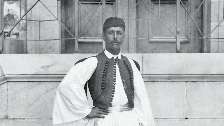 Spyridon Louis devient le héros du marathon et du peuple grec