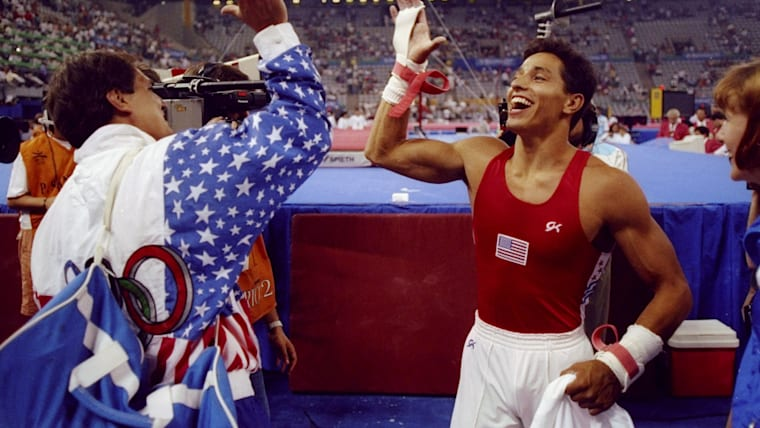Trent Dimas wins Olympic gold in the 1992 horizontal bar final for USA