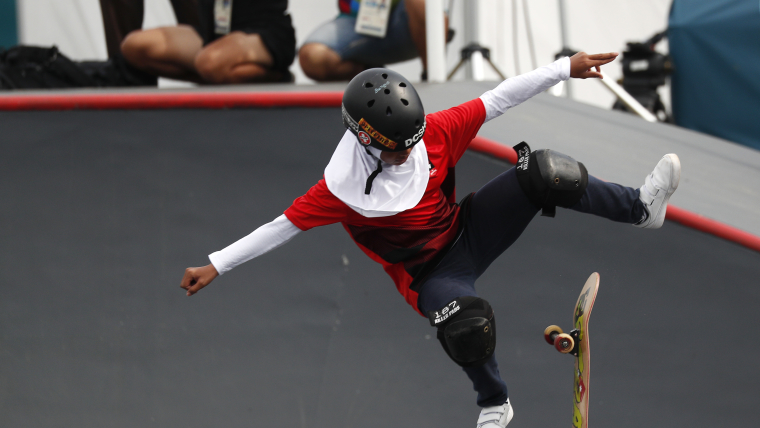 Bunga Nyimas pulls off a trick in the skateboard final at the Asian Games 2018 (Reuters)