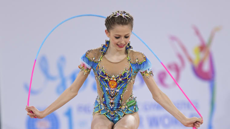 Anastasia Simakova performing in the individual rope competition in Moscow (CREDIT: FIG)
