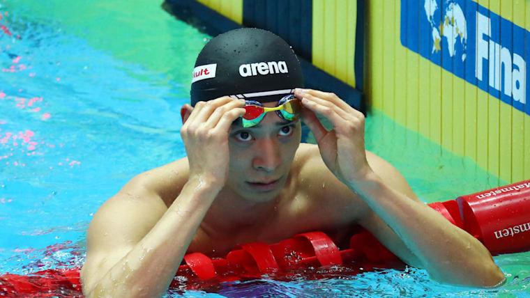 入江陵介が男子背泳ぎ100mで準決勝に進出