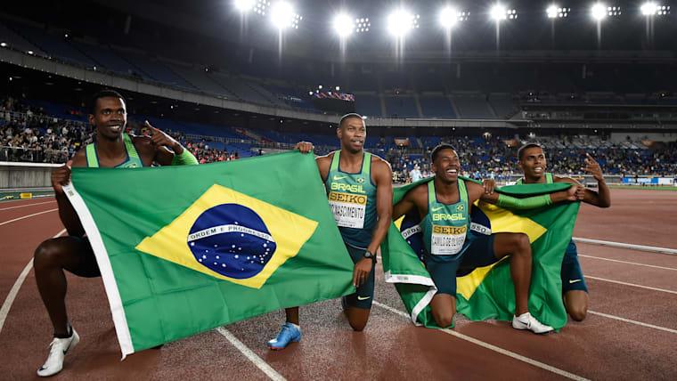 男子4×100メートルを制したブラジル