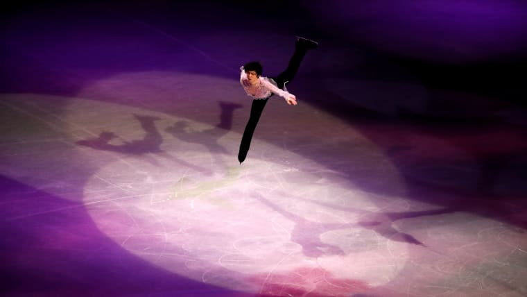Japan's Yuzuru Hanyu performs during the gala exhibition. (REUTERS-Issei Kato)