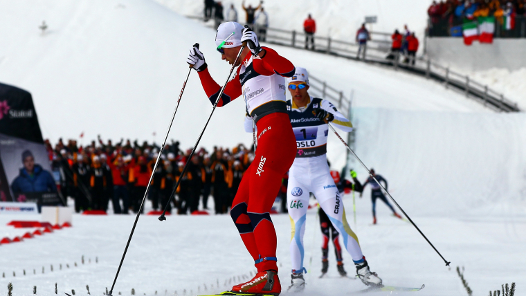 Petter Northug side-stepping across the finish line in the 4x10km relay final at the 2011 Nordic World Ski Championships in Oslo.
