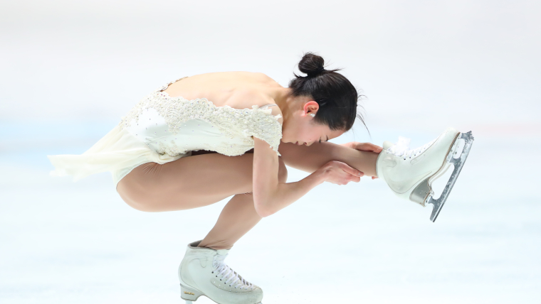 Satoko Miyahara skates to first place in the short program at the Japan Figure Skating Championships