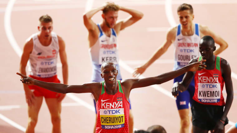 Timothy Cheruiyot of Kenya celebrates winning gold in the Men's 1500 metres final during day ten of 17th IAAF World Athletics Championships Doha 2019 at Khalifa International Stadium on October 06, 2019 in Doha, Qatar. (Photo by Michael Steele/Getty Images)