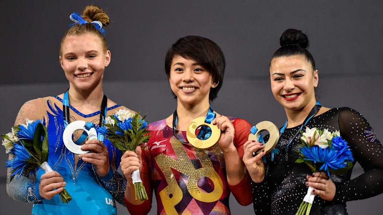 2017年世界体操競技選手権の種目別ゆかで、村上茉愛選手が金メダルを獲得