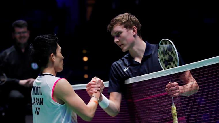 Viktor Axelsen congratulates champion Kento Momota after the 2019 All England Open final in Birmingham