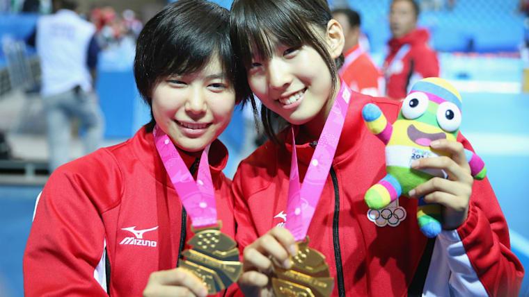 2014年のユースオリンピックでは大陸別混合団体で金メダルを獲得。江村美咲(右)とともに存在感を見せつけた