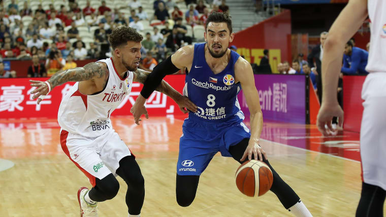 Tomas Satoransky in action against Turkey during the first round of 2019 FIBA World Cup in Shanghai, China.