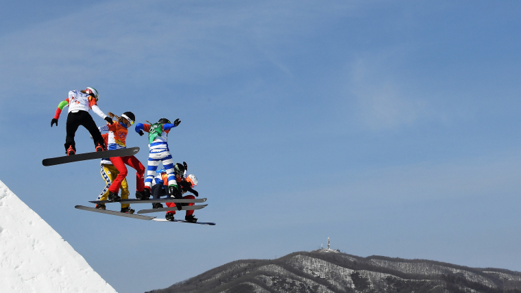 Moioli (in blue and white) on the slopes at PyoengChang 2018
