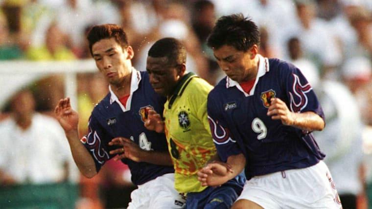 中田英寿(左端)らが出場した1996年アトランタ五輪で、日本代表はブラジルを1−0で下すジャイアントキリングを披露した