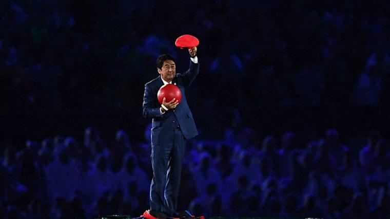 リオ五輪時の引き継ぎ式では、マリオに扮した安倍晋三首相が土管から登場