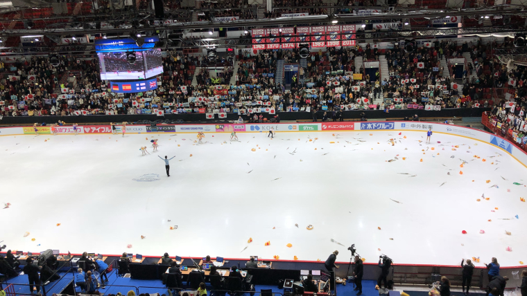 Yuzuru Hanyu receives the acclaim of the crowd inside the Helsinki Ice Hall after his world record short programme