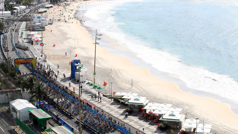 開催国の道路がコースとなるロード競技。リオ五輪ではコパカバーナビーチも舞台になった